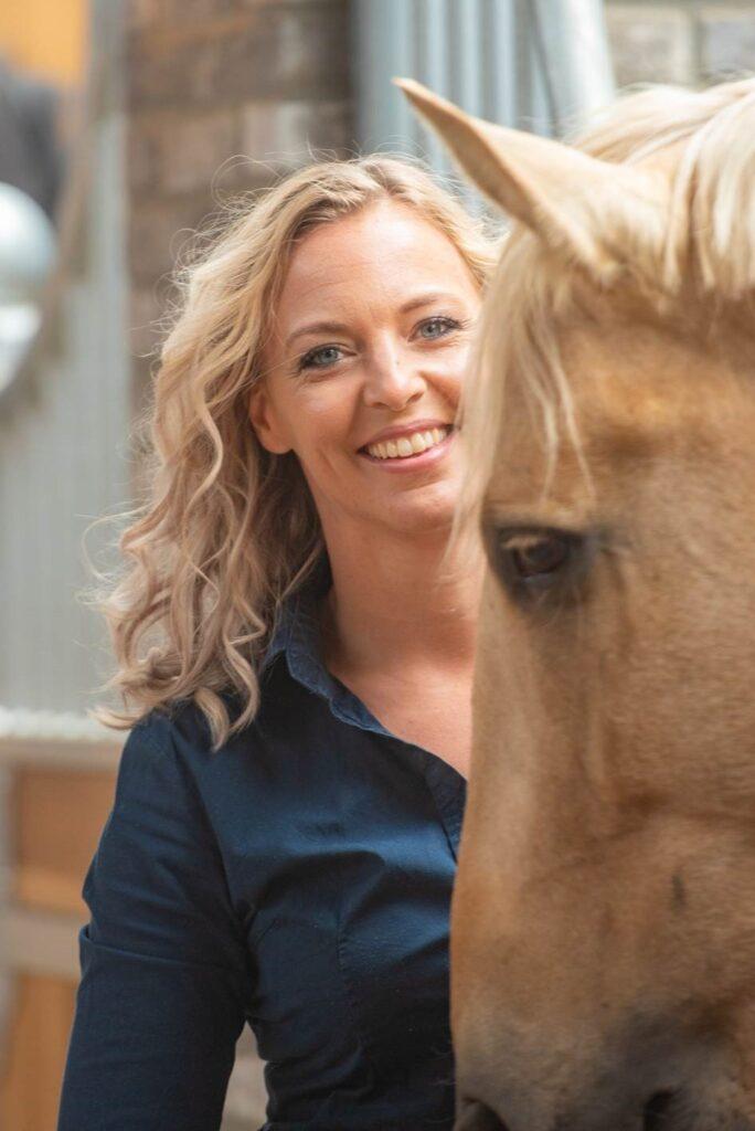 Morgan Lashley - veterinair hoofdredacteur en auteur bij Paardenarts.nl