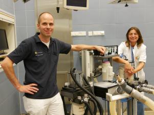 Dr. Thijs van Loon dr. Janny de Grauw, Europees Specialisten Veterinaire Anesthesiologie.